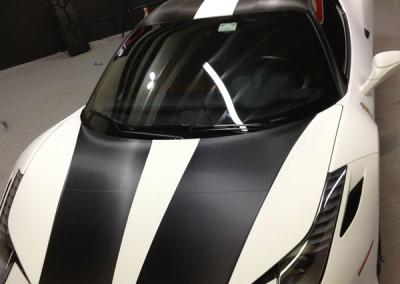 Ferrari Italia 458 - Carbon Fiber Hood & Flat White Stripe